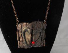 Triptic De DRAGOBETE- colier argila polimerica Handmade, Clay, Hand Made, Arm Work