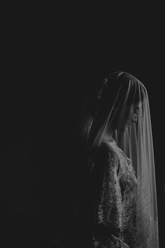 """My favorite image in 2016. She's so nervous before the wedding, and every minute she prays for her wedding. She wants to cry, but can't."" – Bastian Najich, the photographer"