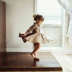 dancing since forever ❤️ - Kindermode - Kids Cute Kids, Cute Babies, Baby Kids, Toddler Girls, Little Ones, Little Girls, Little Girl Dancing, Little Ballerina, Future Baby