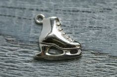 1pic Winter Ice Skate Charm, Sterling Silver Charm Pendant, Christmas Jewelry Charm, Sterling Silver Findings, Jewelry Making Craft Supplies...