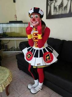 Clown Pics, Cute Clown, Female Clown, Clowning Around, Clowns, Ronald Mcdonald, Photoshop, Cosplay, Costumes