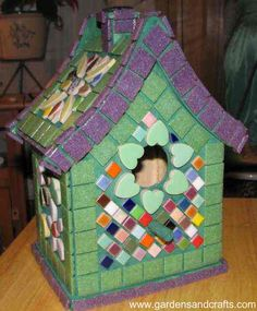 Mosiac Bird House--this is beautiful, i love the color combinations.  I need this!!!