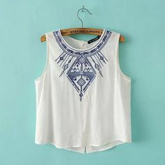 Women's Embroidery white crop tops casual blouses blusa feminina O neck sleeveless shirt slim top low price plus size WT07