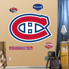 How about this for kids' room bet mom and Bill would love it hahaha Montreal Canadiens, Kid Rooms, Love Bugs, New Kids, Chicago Cubs Logo, Nhl, Man Cave, Wall Decals, Hockey