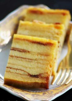 If you are looking for good Resep Kue Lapis cooking recipes you've come to the right place. Cake Recipes, Snack Recipes, Dessert Recipes, Cooking Recipes, Baking Desserts, Snacks, Indonesian Desserts, Asian Desserts, Indonesian Food