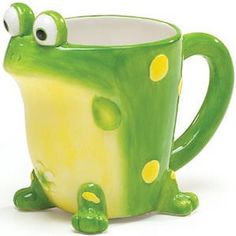 Whimsical Toby the Toad Frog Coffee Mug/cup~w/gift box~ Best Coffee Mugs, Tea Mugs, Coffee Time, Coffee Cups, Funny Coffee, Frog House, Green Tea Cups, Coffee Stands, Tadelakt