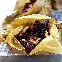 Geroosterde bietjes, met rode ui, tijm en fetakaas, zo lekker!