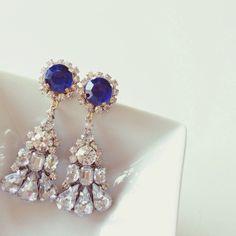 Shine bijou Earrings 〈Sapphire blue〉 | chouchou