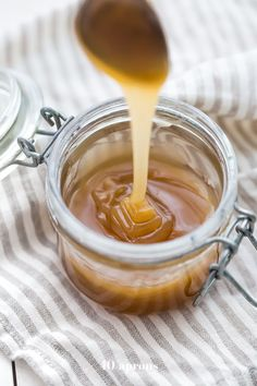 This 5-minute paleo caramel sauce is so quick and easy but rich and delicious. My favorite paleo caramel sauce or vegan caramel sauce out there!