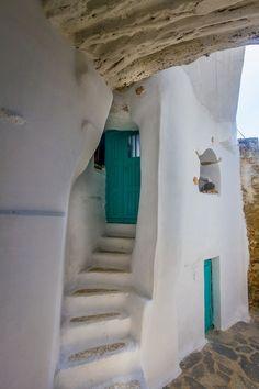 Ηοuse of stone in Tinos, Cyclades Greece Greek House, Tadelakt, Natural Building, Greek Islands, Greece Travel, Windows And Doors, Green Windows, Stairways, Beautiful Places