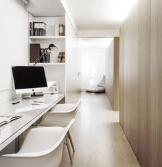 02-home-offices-que-se-encaixaram-no-corredor-escritorio
