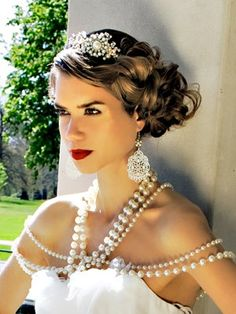 Great vintage wedding hair style