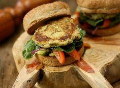 Hambúrguer de batata-doce com quinoa | 10 delícias veganas para você cozinhar já