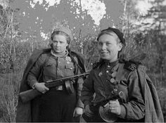 z- WWII, Soviet Woman Soldiers (Naval Infantry, Baltic Fleet) Military Women, Military History, Ww2 Women, Die Füchsin, Hand To Hand Combat, Female Fighter, Female Soldier, Red Army, Armed Forces