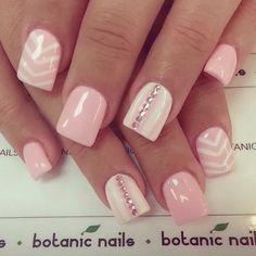 nails.quenalbertini: Nail Art Design by botanic nails