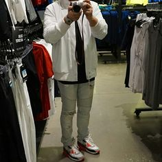 Selfie time! Rocking my Nike desert journey 3M varsity jacket. Snapped quick pics during shopping day. #Nakanarilife #nakanarikicks #airmax90 #stampd #gap #nike
