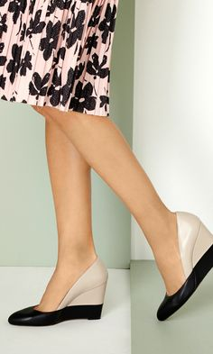 clever design lines // love these color block wedges