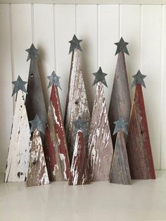 Rustic Barn Wood Christmas Trees, Source by HolzIdeenDiy Related posts: Set of 3 Rustic Wooden Christmas Trees, Xmas Wood Tree Decoration Christmas Wood Crafts, Wood Christmas Tree, Christmas Signs, Christmas Projects, Winter Christmas, Holiday Crafts, Christmas Ornaments, Ornaments Making, Christmas Christmas