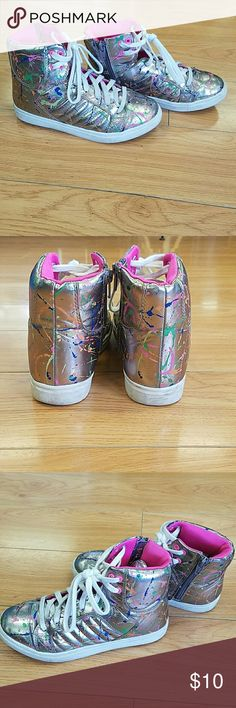 Stevies pewter paint splash rad high top sneakers They're not in perfect condition but pretty great! Supet cool 80s style! Stevies Shoes Sneakers