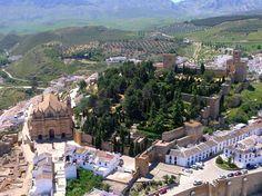 Os invitamos a pasear por la Alcazaba de Antequera. #historia #turismo  http://www.rutasconhistoria.es/loc/alcazaba-de-antequera