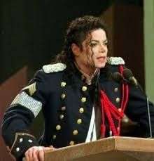 「マイケル・ジャクソン 腕章」の画像検索結果