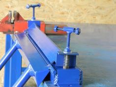 Discover recipes, home ideas, style inspiration and other ideas to try. Sheet Metal Bender, Sheet Metal Brake, Sheet Metal Tools, Bending Plywood, Metal Bending Tools, Metal Working Tools, Pole Bending, Metal Projects, Welding Projects