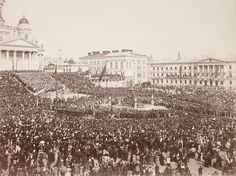 Aleksanteri II patsaan paljastustilaisuus 29.4.1894  - Avtäckningen av Alexanderstatyn i Helsingfors 29.4.1894 - Aleksander II the statue unveiling 29.4.1894 in Helsinki.
