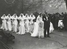 The wedding of Nancy Beaton and Sir Hugh Houston Smiley, Bt - National Portrait Gallery Chic Vintage Brides, Vintage Wedding Photos, Vintage Bridal, Wedding Pics, Wedding Bride, Wedding Styles, Vintage Weddings, Wedding Ideas, Vintage Images