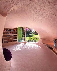 Organic Architecture, Amazing Architecture, Interior Architecture, Bubble House, Earthship Home, Shell House, Retro Interior Design, Decoration Inspiration, Aesthetic Rooms