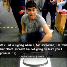 Haha they are getting good at responding to screaming! I love this one! Zayn is so amazing!