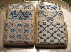 Delft tile prints on vanilla sugar cookies