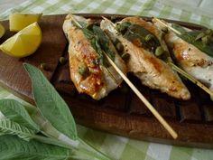 Een luxe uitstraling en toch verrassend simpel. Deze kip met salie en Italiaanse ham is perfect voor een etentje met gasten.    http://degezondekok.nl