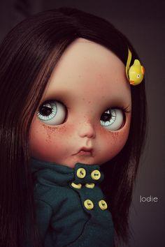 Réservé aux Cinzia poupée Blythe ooak personnalisé par Jodiedolls