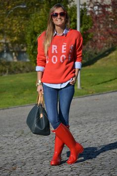 graphic sweater / oxford / hunter wellies