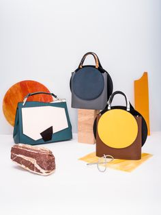 Keep up with Product Photography Trends of 2020 Leather Purses, Leather Handbags, Leather Bag, Photography Bags, Product Photography, Round Bag, Popular Bags, Leather Design, Crossbody Bag