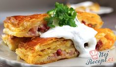 "Ultra Fast Lunch or Dinner made with Puff Pastry a ""What the House Gives Sour Cream Sauce, Hungarian Recipes, Food Goals, Quick Meals, Food For Thought, Finger Foods, Healthy Snacks, Brunch, Food And Drink"