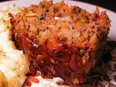 A Kiwi friend emailed me this recipe. It can be served either with the sauce mentioned in the recipe or with Recipe Meatloaf Recipes, Meat Recipes, Cooking Recipes, Healthy Recipes, Kiwi Recipes, Weekly Recipes, Dishes Recipes, Savoury Recipes, Drink Recipes