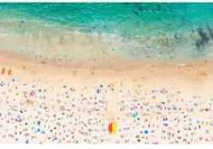 Gray Malin Gray Malin's beautiful, aerial beach photography can be seen all over design publications theses days. Taken from a helicopter, his beach scenes offer a unique perspective. A Malin print larger than Robert Rauschenberg, Joan Mitchell, Art Plage, Coogee Beach, The Tig, Sydney Beaches, Beach Hacks, Aerial Images, Beach Print