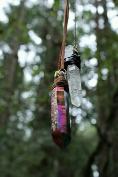 jewelry hippie trees boho indie green peaceful nature travel peace hippy necklace crystals chakra healing Gemstones healing crystals crystal healing traveler self healing natures-queen Healing Stones, Crystal Healing, Chakra Healing, Crystal Magic, Natural Healing, Hanging Crystals, Bijoux Diy, Book Of Shadows, Wiccan