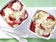 Überbackene Erdbeeren - mit Quarkschaum - smarter - Kalorien: 213 Kcal - Zeit: 30 Min. | eatsmarter.de
