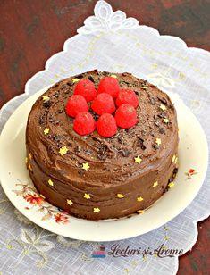 Tort de post cu cremă de ciocolată (tort vegan de ciocolată) - Lecturi si Arome Raw Vegan, Deserts, Food, Recipes, Postres, Desserts, Hoods, Meals, Dessert