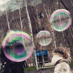 Bubble bubbles  #vagabandini #senzartur #londonwithchildrens by cecirentola