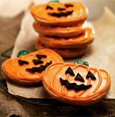 Is it Halloween yet? New Jack-o-lantern cookies at Panera Bread! Halloween Cookies, Halloween Treats, Christmas Cookies, Halloween Biscuits, Halloween Costumes, Snowflake Cookies, Halloween Baking, Flower Cookies, Holiday Baking