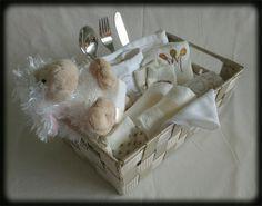Kraammand Schaapje/Baby Gift Basket Sheep