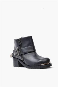 67 Dakota Boot - Black