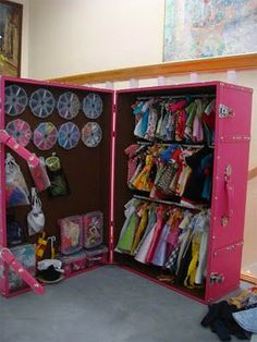 Too many Barbie clothes and accessories. Closet for Barbie? Barbie Storage, Doll Storage, Shoe Storage, Clothes Storage, Barbie Organization, Storage Trunk, Organization Ideas, Barbie Furniture, Furniture Storage