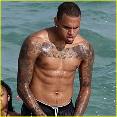 Google Image Result for http://cdn01.cdn.justjared.com/wp-content/uploads/headlines/2010/09/chris-brown-shirtless-miami.jpg