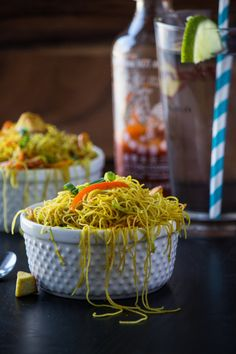 This new year, try Singapore noodles recipe at home. Singapore noodles are basically rice vermicelli or rice noodles that are stir-fried. These noodles are seasoned with soy sauce, curry powder, bo… Indian Food Recipes, Asian Recipes, Vegetarian Recipes, Cooking Recipes, Healthy Recipes, Vegetarian Cooking, Curry Recipes, Healthy Treats, Delicious Recipes