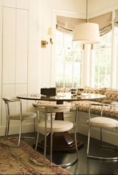 Designed by Tim Barber Ltd. Architecture and decorated by Kristen Panitch Interiors.