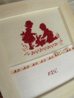 Punto croce / cross stitch, red on white, boy, girl and rabbit (letrecivette)